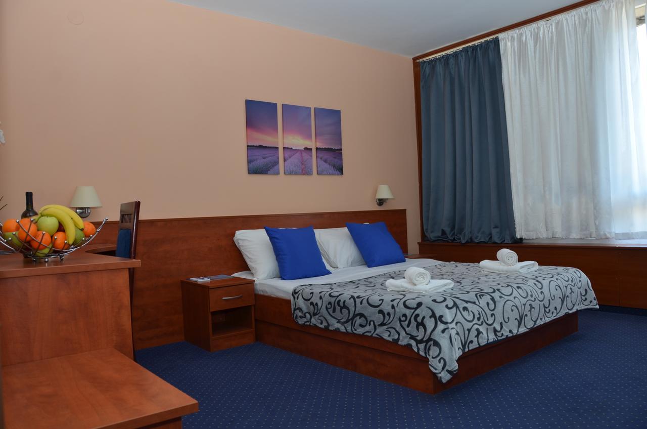 Partyferien Zrce Novalja Insel Pag Hotel Liberty (1)