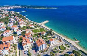 Badeferien Kroatien Dalmatien Novalja Apartments Villa Maelise