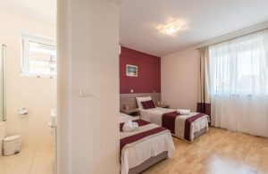 badeferien-kroatien-dalmatien-novalja-apartments-villa-maelise-05