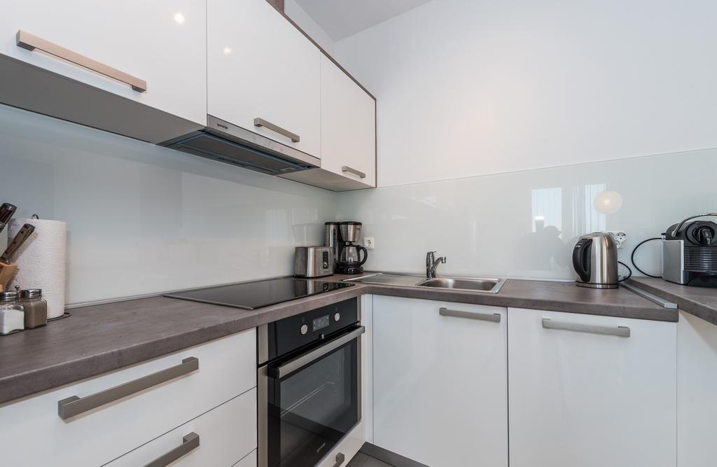badeferien-kroatien-dalmatien-novalja-apartments-villa-maelise-12